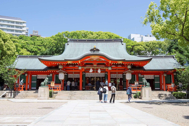 生田神社の御社殿