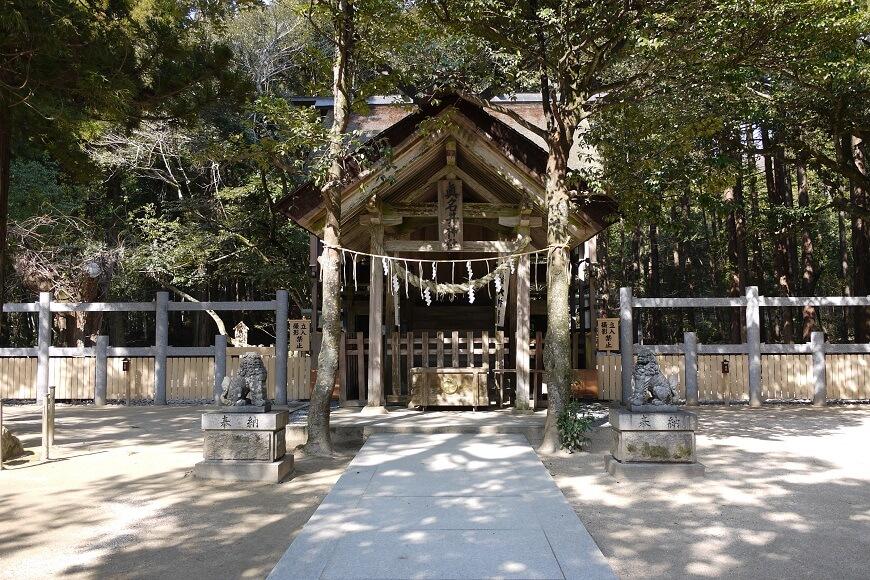 奥宮「真名井神社」の御社殿