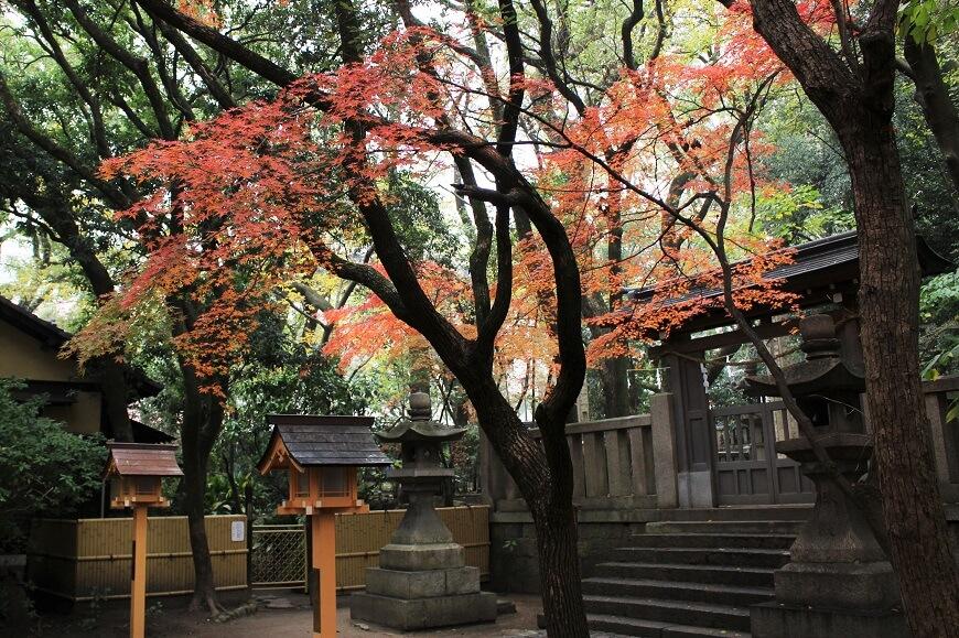 男が惚れた男、楠木正成をまつる湊川神社「殉節地(じゅんせつち」の入り口