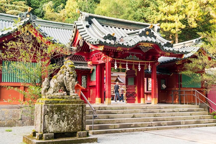 ニニギノミコト、コノハナノサクヤ姫夫婦がお祀りされている「箱根神社」