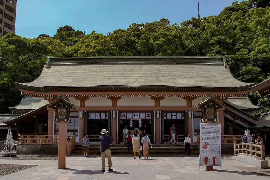 照國神社の御社殿