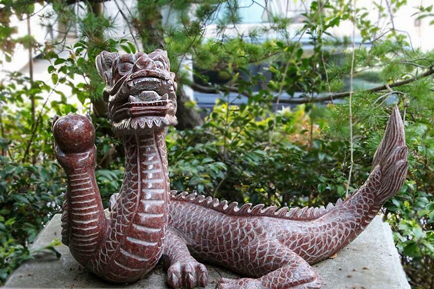 南を守る赤龍 田無神社の龍神様