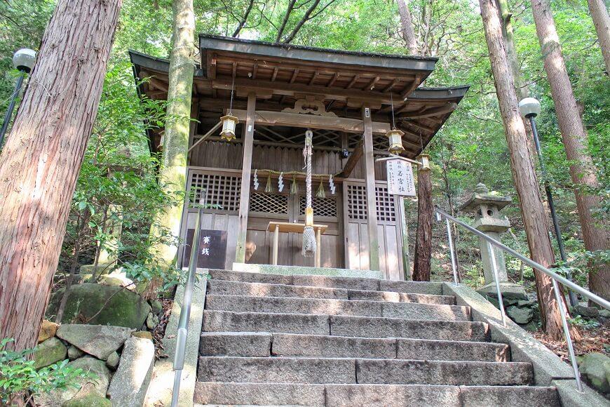 枚岡神社の摂社「若宮社」