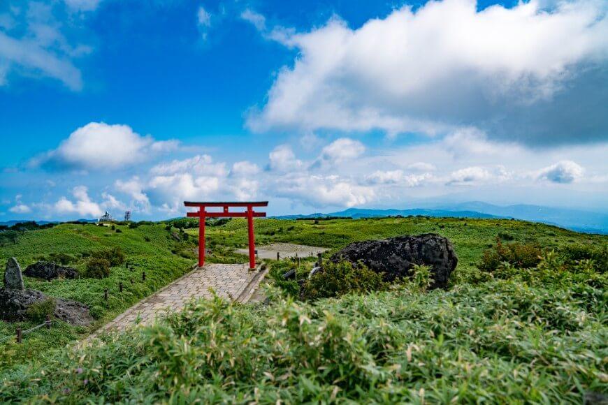 箱根神社元宮が鎮座する駒ケ岳山頂