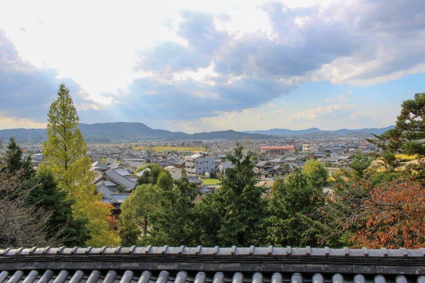 吉備津神社から見える吉備国の町、昔はここに花街があったそう
