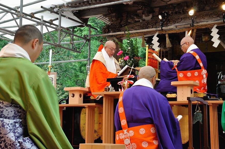 岡太神社、大瀧神社の1300年大祭の時の法華八講の様子