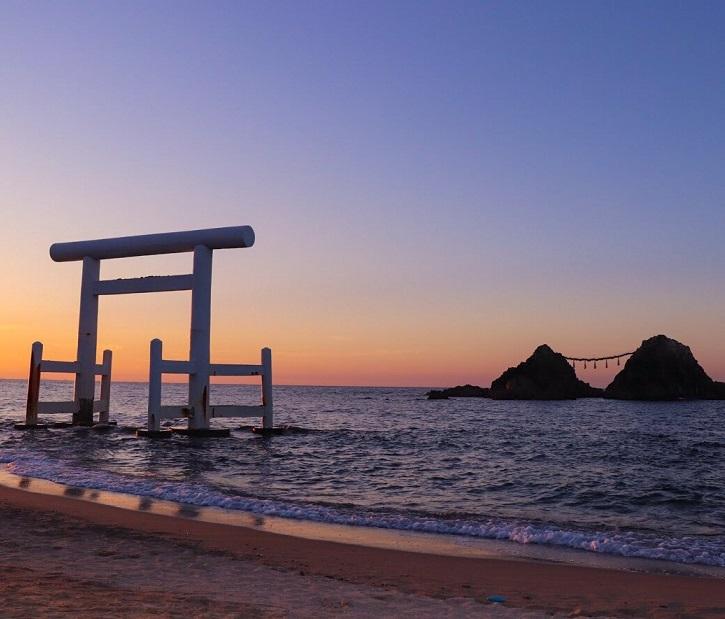 夏至の日こそ特別な神社巡りができる!太陽と神社の謎を解こう