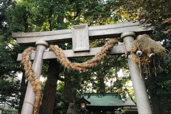 東京都にある奥澤神社のアクセス、住所、電話番号などの説明です。