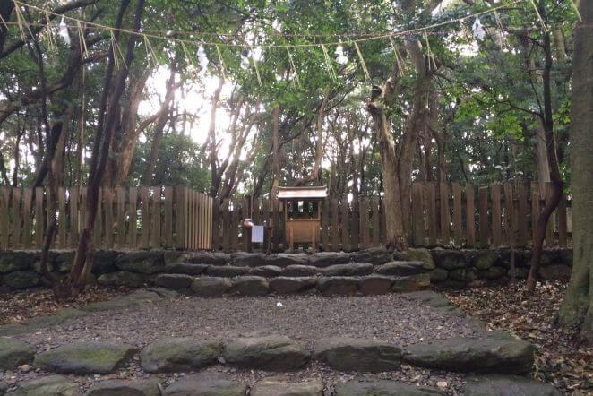 福岡県にある宗像大社のアクセス、住所、電話番号などの説明です。