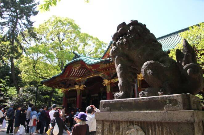 東京都にある根津神社のアクセス、住所、電話番号などの説明です。