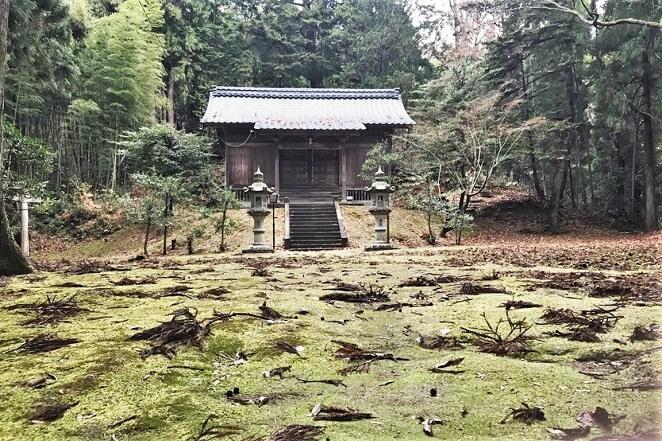 福井県の少名彦神社のアクセス、住所、電話番号などの説明です。