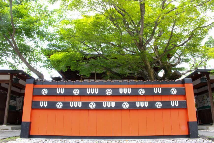 京都嵐山の開運神社「車折神社」